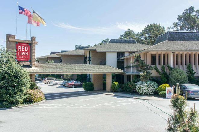 Red Lion Hotel Monterey - Monterey - Rakennus