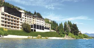 Alma Del Lago Suites & Spa - San Carlos de Bariloche - Building