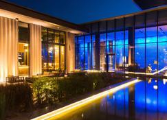 Radisson Hotel, Dakar Diamniadio - Dakar - Building