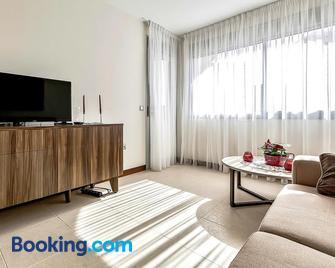 Doble Playa Apartments - Callao Salvaje - Wohnzimmer