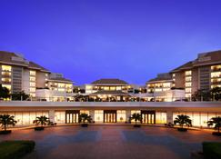 Sanya Marriott Yalong Bay Resort & Spa - Sanya - Building