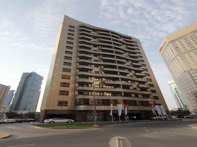 Home to Home Hotel Apartments - Deluxe - Dubai - Building
