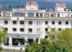 Fortune Inn Riviera, Jammu ( Member Itc's Hotel Group) - Jammu - Building