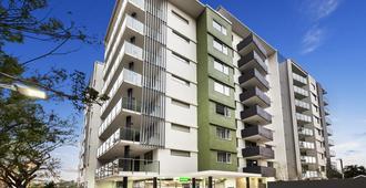 Quest Breakfast Creek - Brisbane - Building