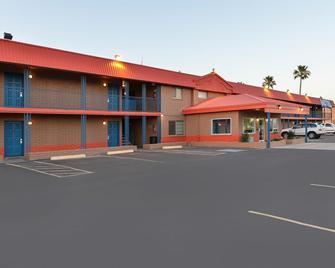 Americas Best Value Inn Eloy Casa Grande - Eloy - Building