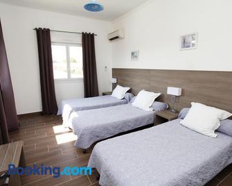 Hôtel Des Nacres - Ghisonaccia - Slaapkamer