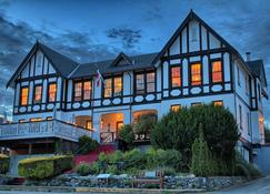The Old Courthouse Inn - Powell River - Edificio