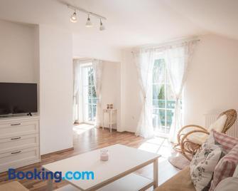 Ferienwohnung Weitental - Lackenhof - Living room