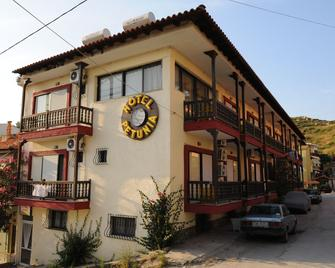 Hotel Petunia - Néos Marmarás - Building