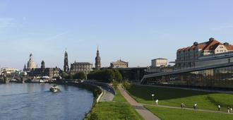 Maritim Hotel & Internationales Congress Center Dresden - Dresden