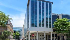 里約熱內盧桑托斯杜蒙宜必思酒店 - 里約熱內盧 - 里約熱內盧 - 建築