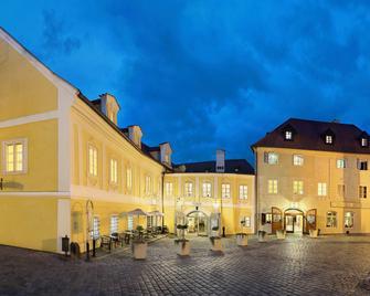 Hotel Bellevue - Český Krumlov - Building