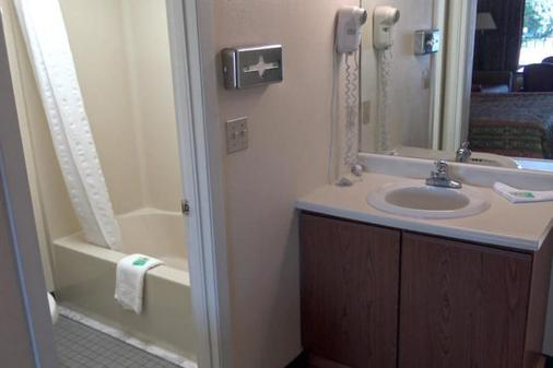River Place Inn - Pigeon Forge - Kylpyhuone