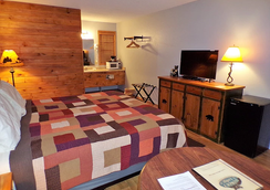 Lookout Lodge - Eureka Springs - Schlafzimmer