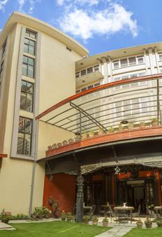 Harati Manor Inn - Kathmandu - Building
