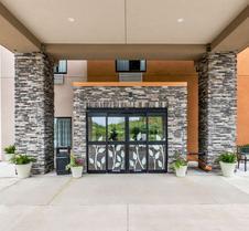 Sleep Inn and Suites West Des Moines near Jordan Creek
