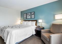 Sleep Inn and Suites West Des Moines near Jordan Creek - West Des Moines - Makuuhuone