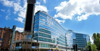 Staycity Aparthotel Manchester Piccadilly - Manchester - Building