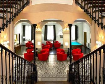 Hotel Rural y Apartamentos Sercotel Villa Engracia - L'Espluga de Francoli - Lobby