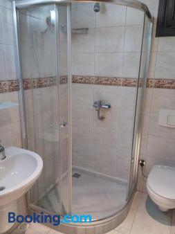 Hotel Alp Guesthouse - Istanbul - Bathroom