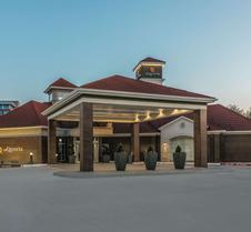 La Quinta Inn & Suites by Wyndham Dallas Plano West