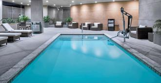 Hampton Inn & Suites Los Angeles/Hollywood, CA - Los Angeles - Pool