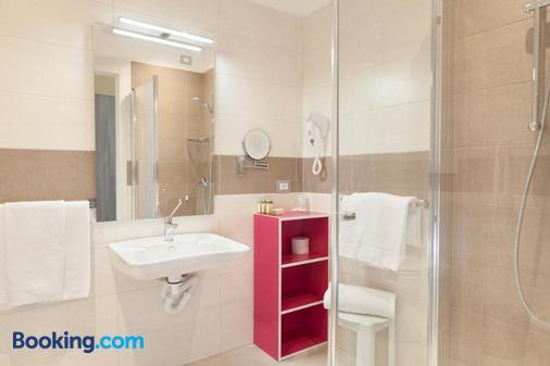 Hotel Bella Lazise - Лацизе - Ванная