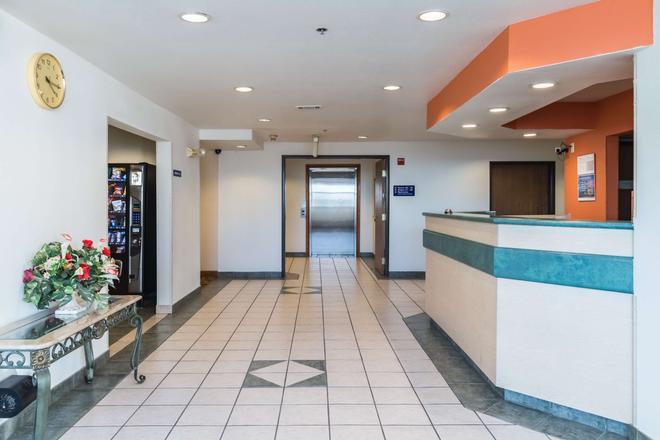 Motel 6 Fort Worth - Burleson - Fort Worth - Recepción