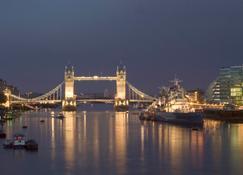 Novotel London Greenwich - London - Outdoors view