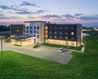 Fairfield Inn & Suites Des Moines Altoona - Altoona - Building