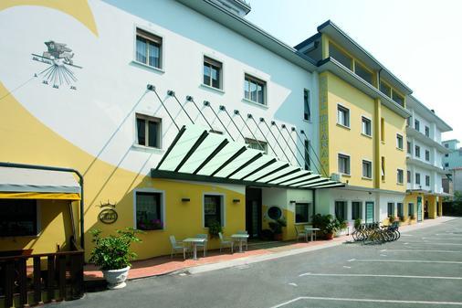 Hotel Diana - Jesolo - Rakennus