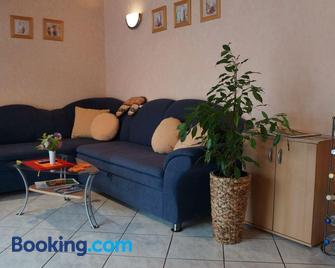 Ferienhaus 'An der Schlossmauer' - Prichsenstadt - Living room