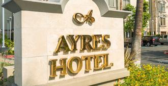 Ayres Hotel Anaheim - Anaheim - Bygning