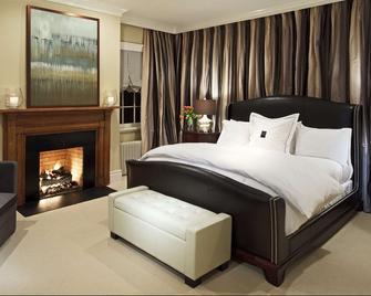 Inn at Willow Grove - Orange - Bedroom
