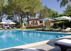 كاس جاسي بوتيك هوتل - Santa Gertrudis de Fruitera - حوض السباحة