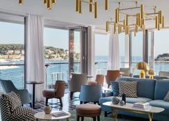 Adriana Hvar Spa Hotel - Hvar - Lounge