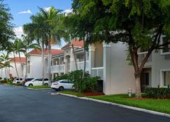 Studio 6 West Palm Beach - West Palm Beach - Building