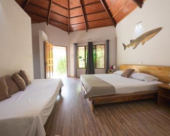 blue world dharavandhoo - Dharavandhoo - Bedroom