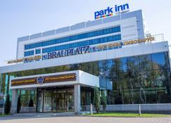 Park Inn Izhevsk - Izhevsk - Building