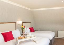 Eyre Square Hotel - Galway - Phòng ngủ