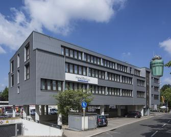 Hotel Berlin - Sindelfingen - Building