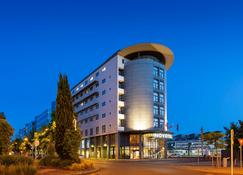 Novotel Tours Centre Gare - Tours - Building