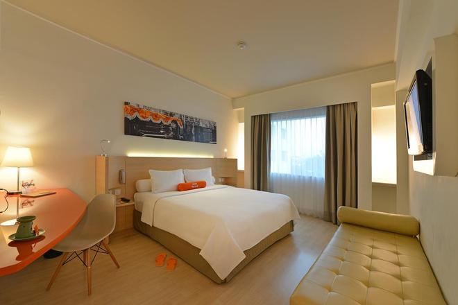 해리스 호텔 테벳 - 자카르타 남부 - 침실