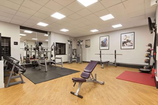 Ramada Resort by Wyndham Cwrt Bleddyn Hotel & Spa - Usk - Fitnessbereich