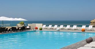 Sofitel Biarritz le Miramar Thalassa Sea & Spa - Biarritz - Pool