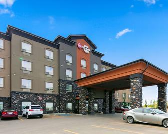 Best Western Plus Sherwood Park Inn & Suites - Sherwood Park - Gebouw