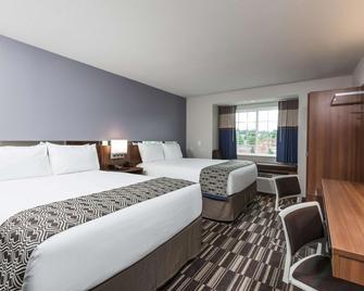 Microtel Inn & Suites by Wyndham Altoona - Altoona - Schlafzimmer