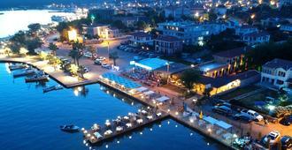 Cunda Deniz Hotel - Ayvalık - Utomhus