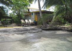 The Bocas Beach House - Bocas del Toro