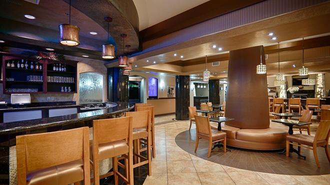 Best Western Premier KC Speedway Inn & Suites - Kansas City - Baari